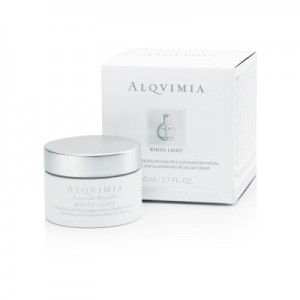 CREMA DE DIA DESPIGMENTANTE WHITE LIGHT ESSENTIAL ALQVIMIA